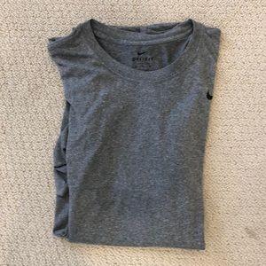 Mens Nike dry fit grey T-shirt